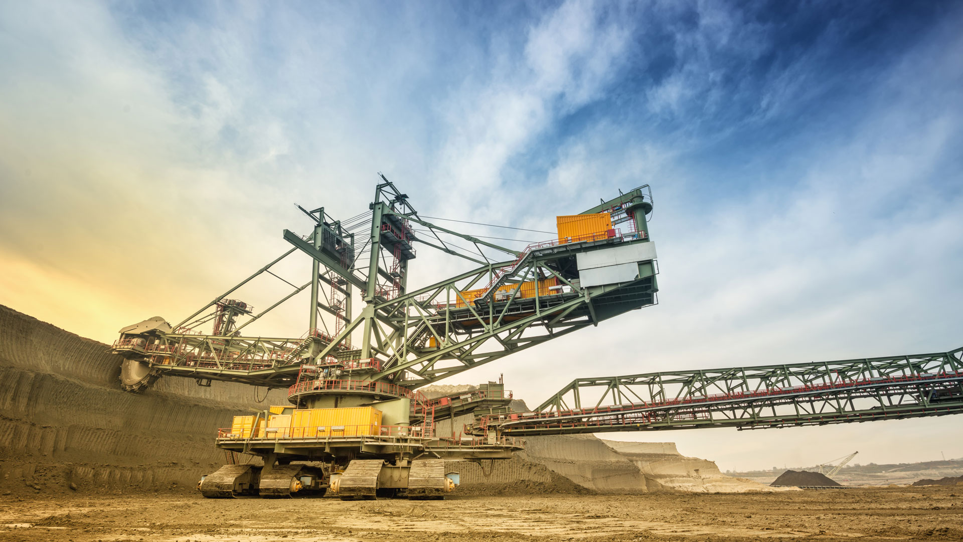 Weather solutions for the mining extraction sectors metraweather powerful weather intelligence - Mining images hd ...